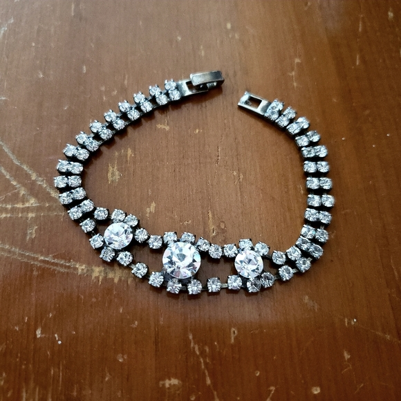 Vintage Jewelry - Vintage 1980's rhinestone bracelet